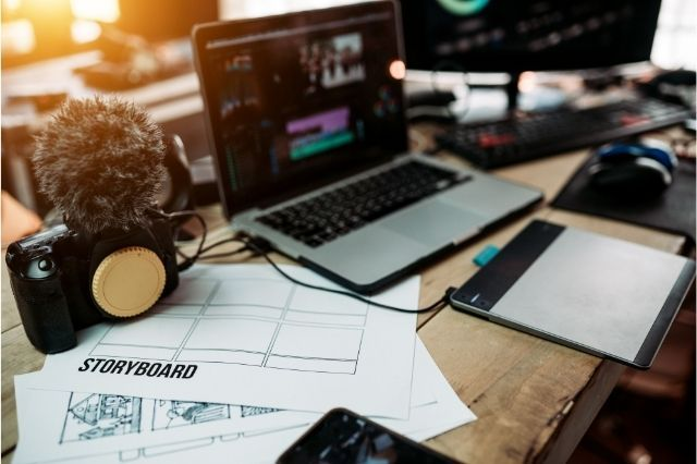 Yönetmenin Görevleri | Yönetmen Nedir?